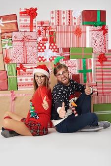 Gute weihnachten wegen vieler geschenke