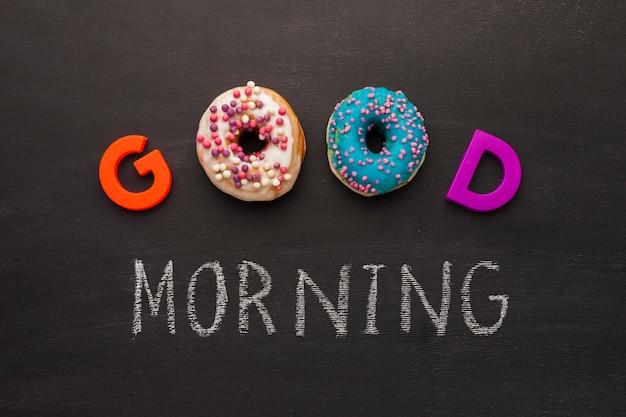 Guten morgen nachricht mit donuts