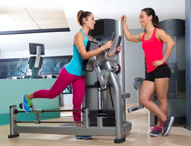 Gymnastikgleiternübungsmaschinen-frauentraining