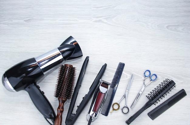 Haarschneidewerkzeuge platz für text