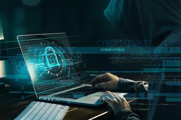Hacker, der an einem code und einem netzwerk arbeitet