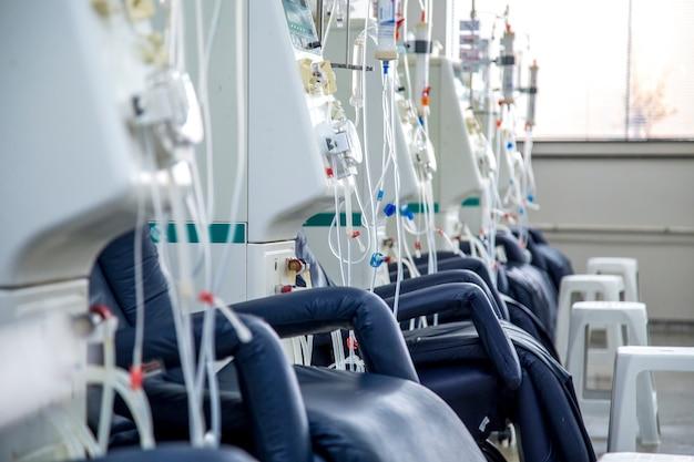 Hämodialyseraumausrüstung