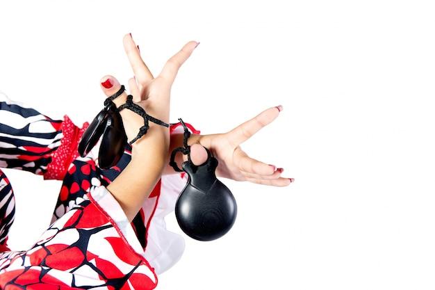 Hände detail der flamenco-tänzerin in schönem kleid