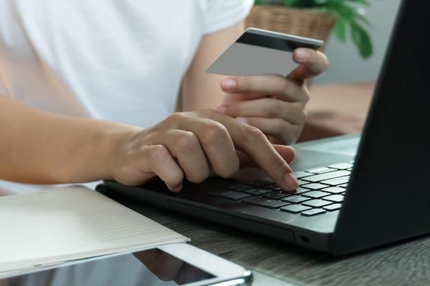 Suche Arbeit Von Zu Hause Mit Pc Und Internet