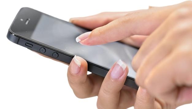 Hände mit iphone mit schwarzem bildschirm