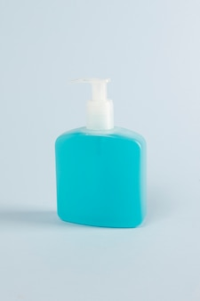 Händedesinfektionsgel in einer pumpflasche