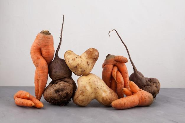 Hässliches gemüse. reduzierung organischer lebensmittelabfälle.