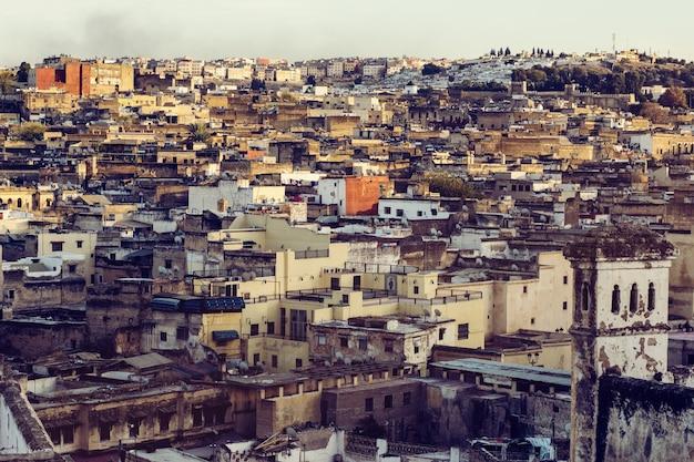 Häuser in der stadt fes in marokko