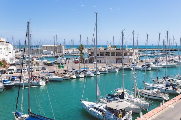 Hafen von almerimar spanien.