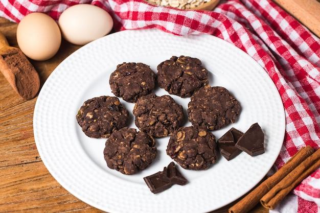 Haferplätzchen mit schokolade