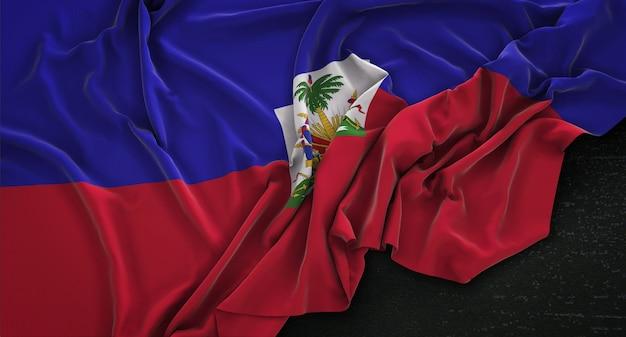 Haiti-flagge geknickt auf dunklem hintergrund 3d render