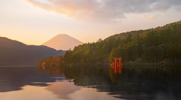 Hakone, das teil des fuji hakone izu nationalparks ist