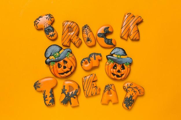Halloween dekoration mit keksen