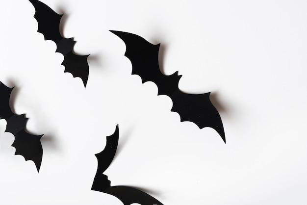 Halloween-dekorationen an der wand