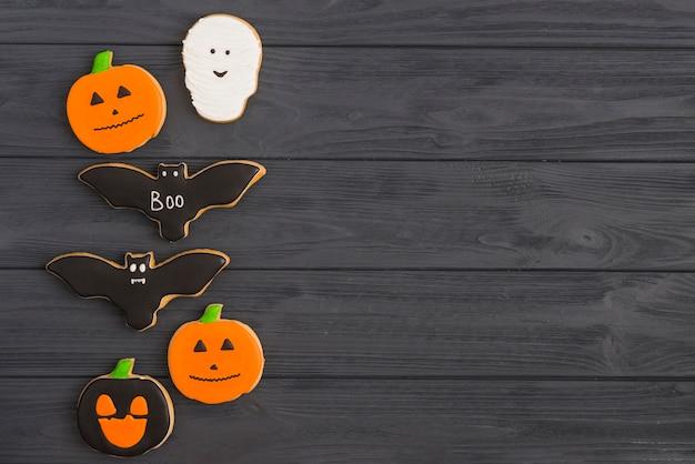 Halloween frischer fledermaus und kürbis lebkuchen