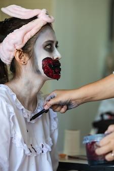 Halloween geist mädchen make-up