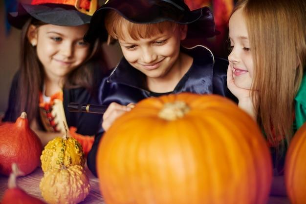 Halloween ist ein großer spaß für kinder