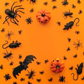 Halloween-komposition mit kreisförmigem raum in der mitte