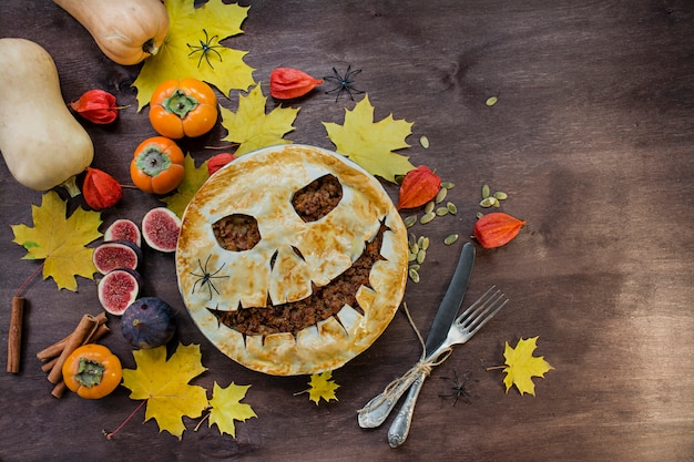 Halloween-kuchen. halloween hausgemachte kuchen. essen für halloween.