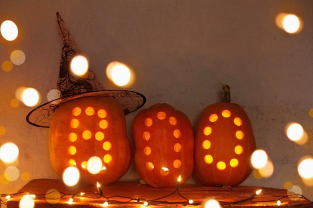 Halloween kürbis drinnen