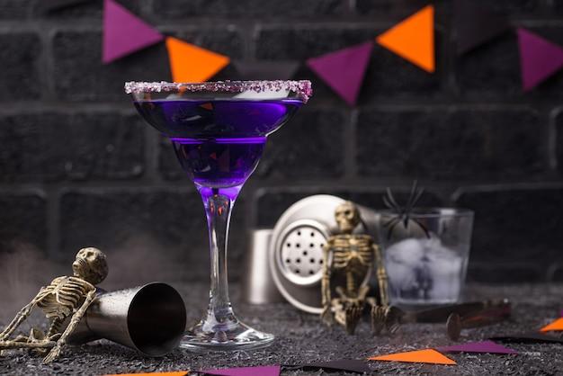 Halloween lila lavendel margarita cocktail