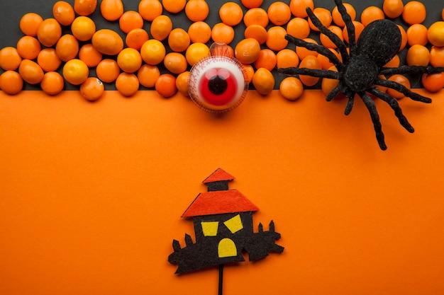 Halloween-stillleben mit linsen