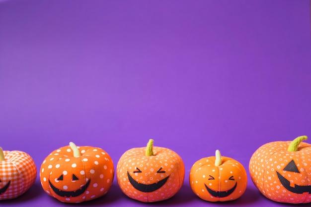 Halloween weiche glückliche kürbisse