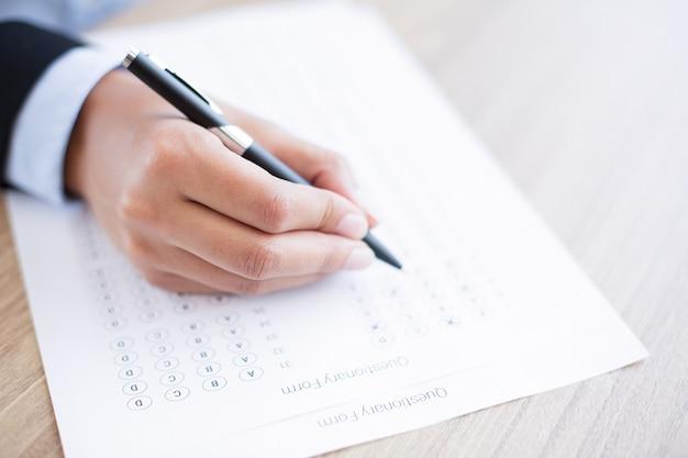 Hand ausfüllen fragebogen formular