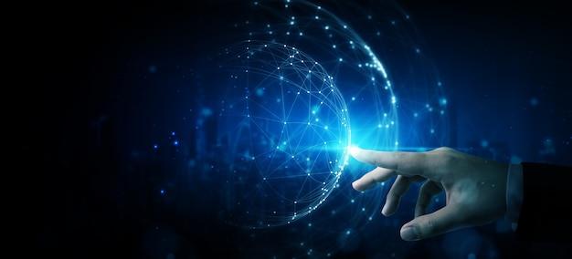 Hand, die abstrakte netzwerkkreis-technologiestruktur berührt. innovation vernetzung zukunft weltweit globales konzept