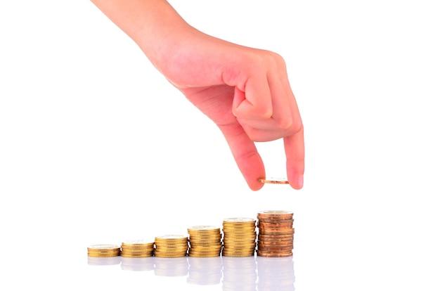Hand legte münze in geld, geschäftsidee