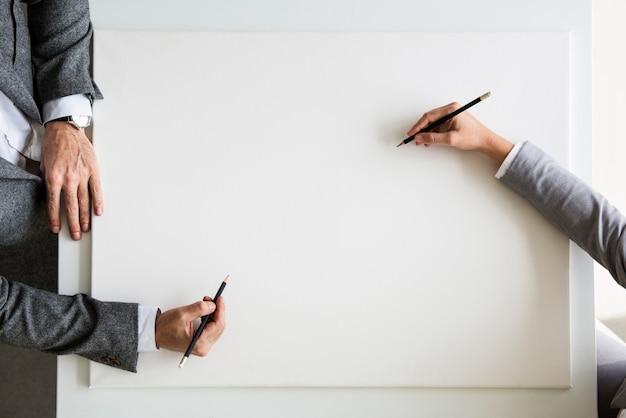 Hand prozess schreibtisch zeichnen