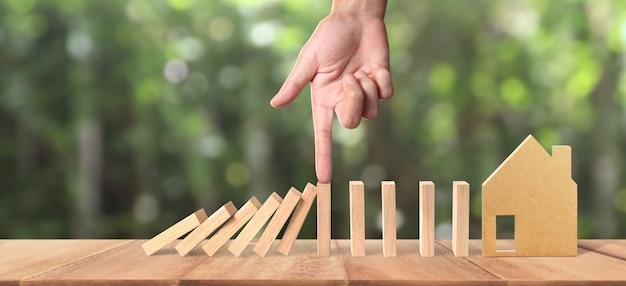 Hand- und dominoeffekt werden durch unique gestoppt