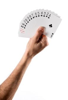 Hand, welche die aufgelockerten karten zeigen verein-klage hält
