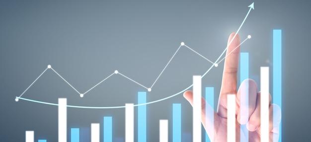 Hand zeigt pfeil grafik zukünftigen wachstumsplan, diagramm positive indikatoren