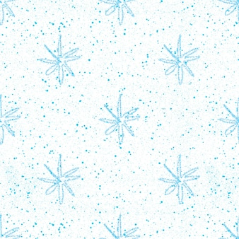 Handgezeichnete schneeflocken weihnachten nahtlose muster. subtile fliegende schneeflocken auf kreideschneeflocken hintergrund. verführerische, handgezeichnete schneeüberlagerung aus kreide. angenehme weihnachtsdekoration.