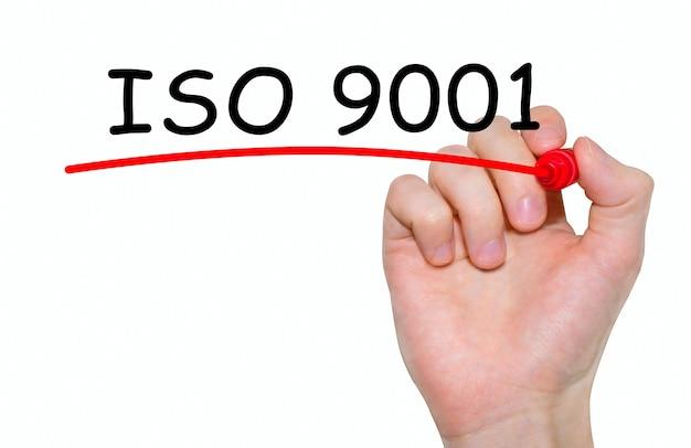 Handschriftliche inschrift iso 9001 mit markierung, konzept