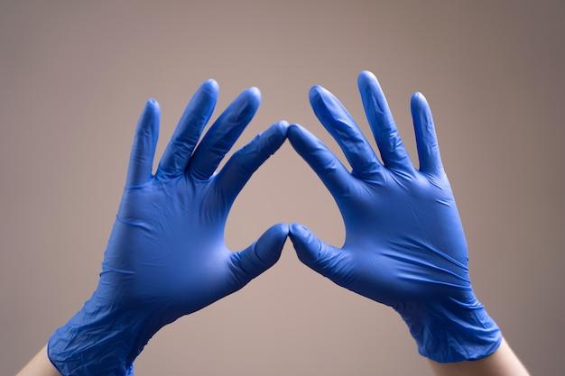 Handschuh.
