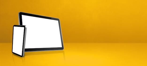 Handy und digitaler tablet-pc auf gelbem schreibtisch. horizontales hintergrundbanner. 3d-illustration