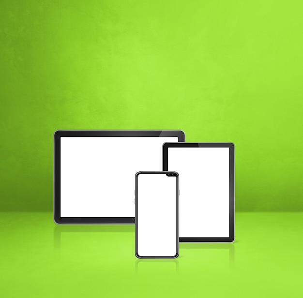 Handy und digitaler tablet-pc auf grünem schreibtisch. 3d-illustration