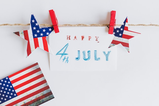 Happy 4. juli zeichen zwischen sternen