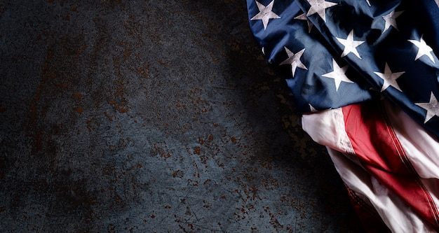 Happy veterans day-konzept mit flagge