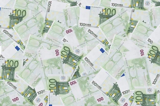 Haufen von hundert euro-banknoten. stapel von hundert-euro-scheinen für geldhintergrund und finanzkonzepte.