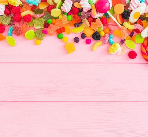 Haufen von leckeren süßigkeiten