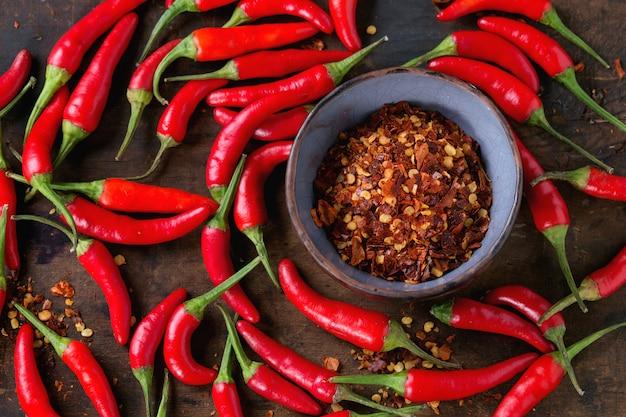 Haufen von red hot chili peppers
