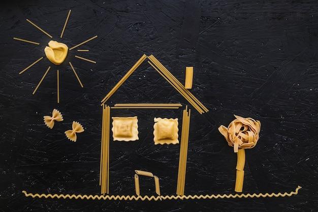 Haus aus rohen nudeln