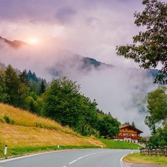 Haus im berg