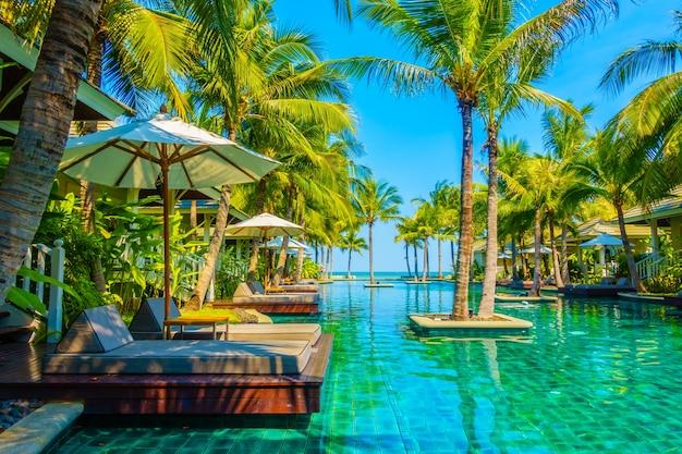 Haus landschaft pool entspannung garten