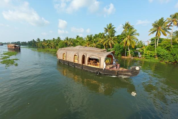 Hausboot auf kerala backwaters, indien