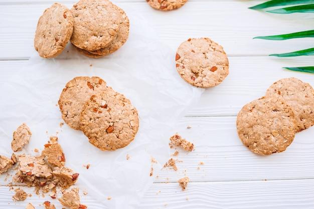 Hausgemachte gesunde vegane kekse dessert mit hafer