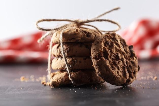 Hausgemachte kekse gebunden